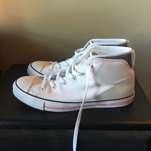 Converse Chuck Taylor Syde Street Mid Shoes